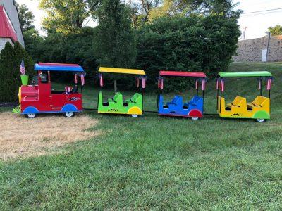 Holiday Trackless Train Rental with Engineer Cincinnati Ohio Kentucky