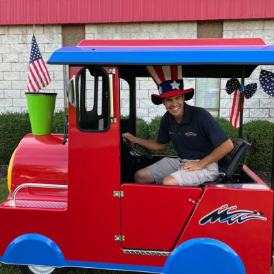 Holiday Trackless Train Rental with Engineer Cincinnati Ohio Kentucky