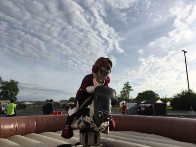 Mechanical Bull Rental with Inflatable Cincinnati, Ohio