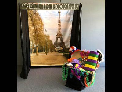 Selfie Booth Photo Backdrop Station Rental Cincinnati Ohio