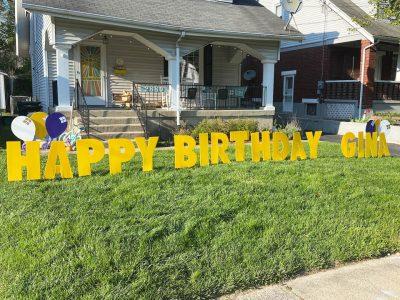 Yard Card - Balloons Lawn Greeting Rental Cincinnati Ohio